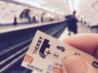 Bilet w ręku